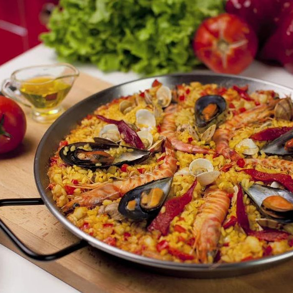 Team building Paella